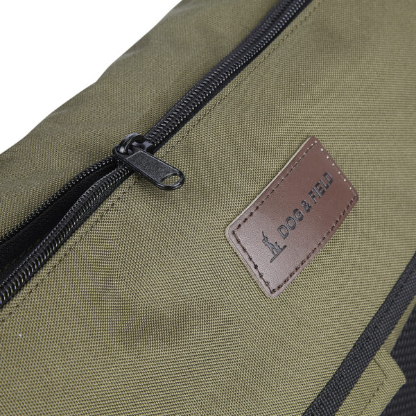 Large game bag with zip pocket